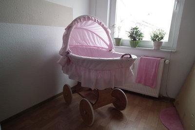 Stubenwagen aus korb mit rosa stoff hipp baby und elternforum